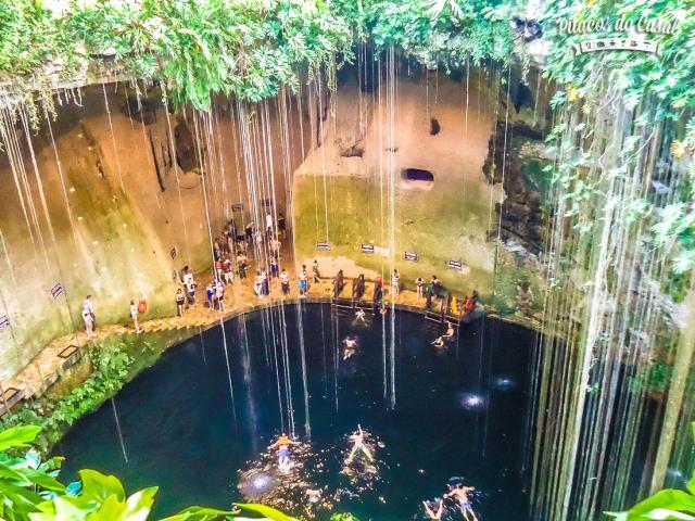 cenote sagrado ik kil chichen itza mexico