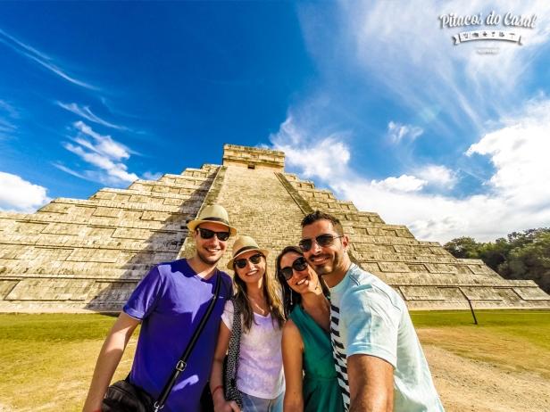piramide el castillo chichen itza mexico