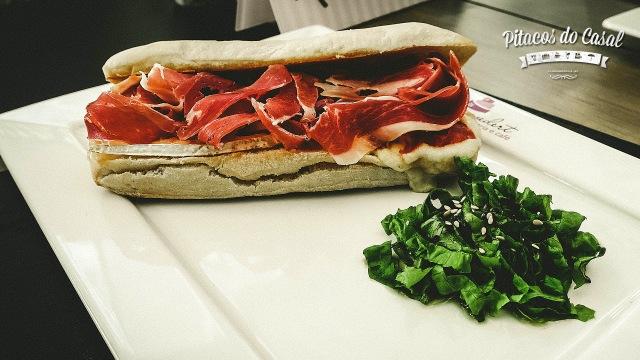 Sanduíche Parma Real
